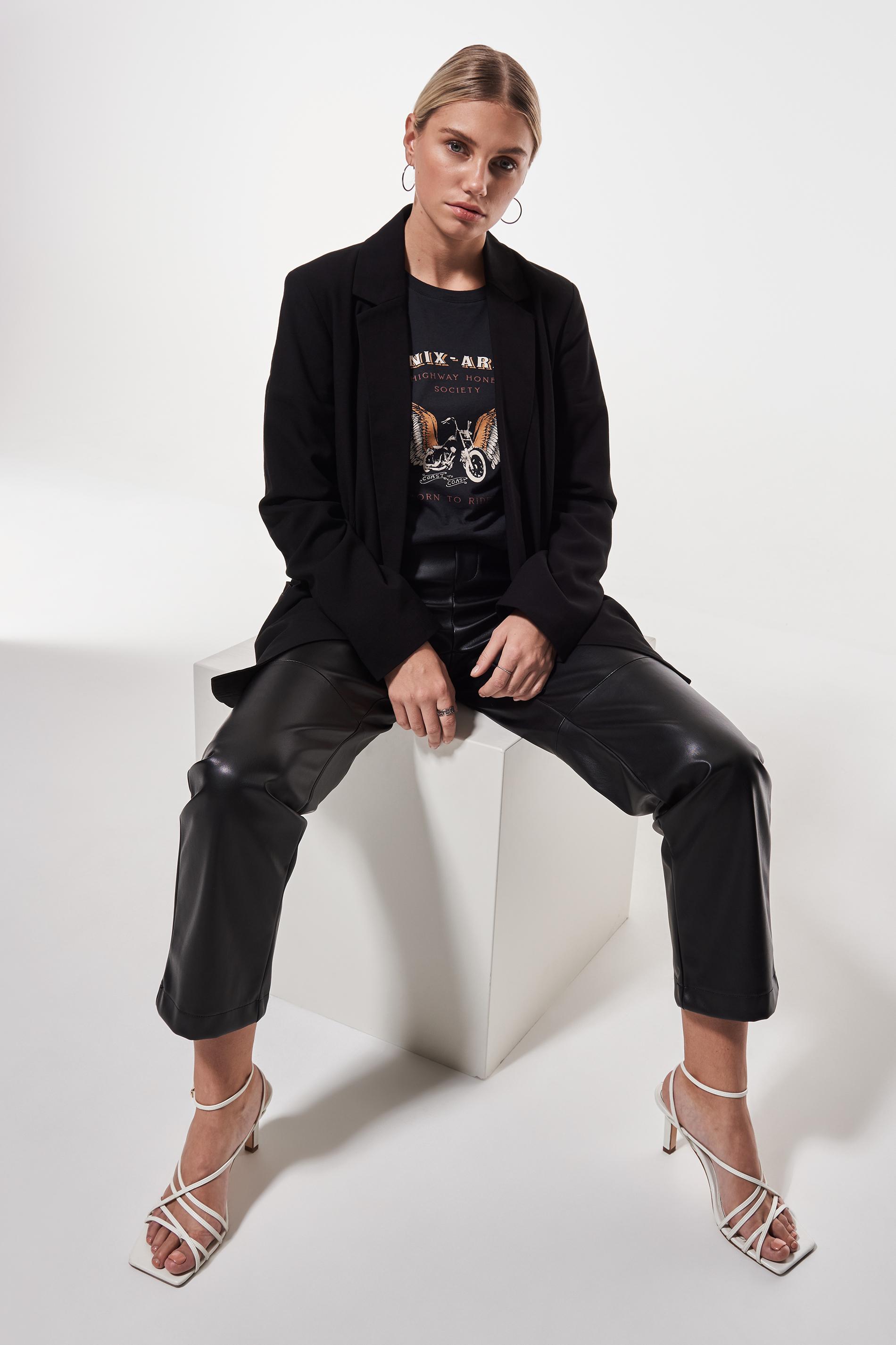 Maria blazer 119.70 SEK, Kavajer Shoppa trendiga kavajer
