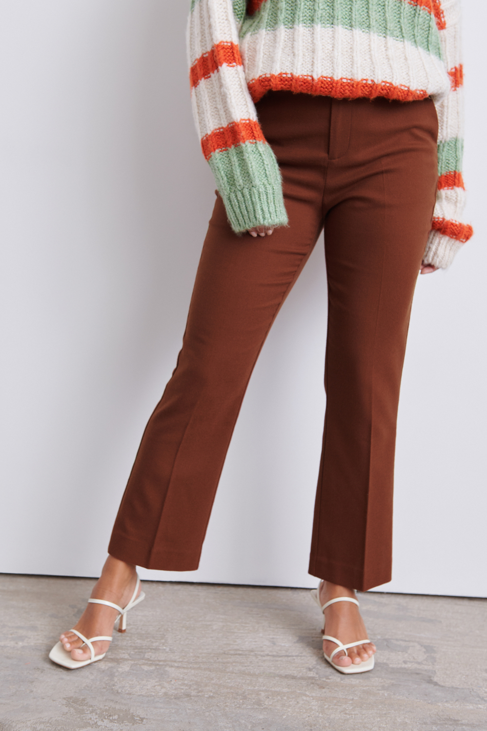 Lisa trousers 104.70 DKK, Habitbukser Tøj og mode online Gina Tricot