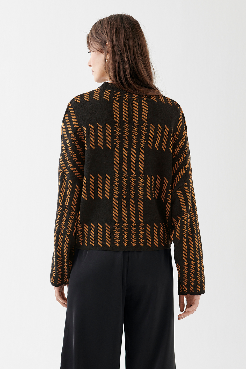 Natalie knitted sweater, Strikket genser Trendige